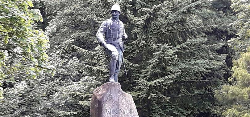 Hermann von Wissmann Statue, Foto: Friedhart Knolle