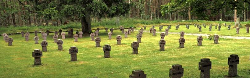Ehrenfriedhof - Kriegsgräberstätte, Foto: Helmut Gleuel